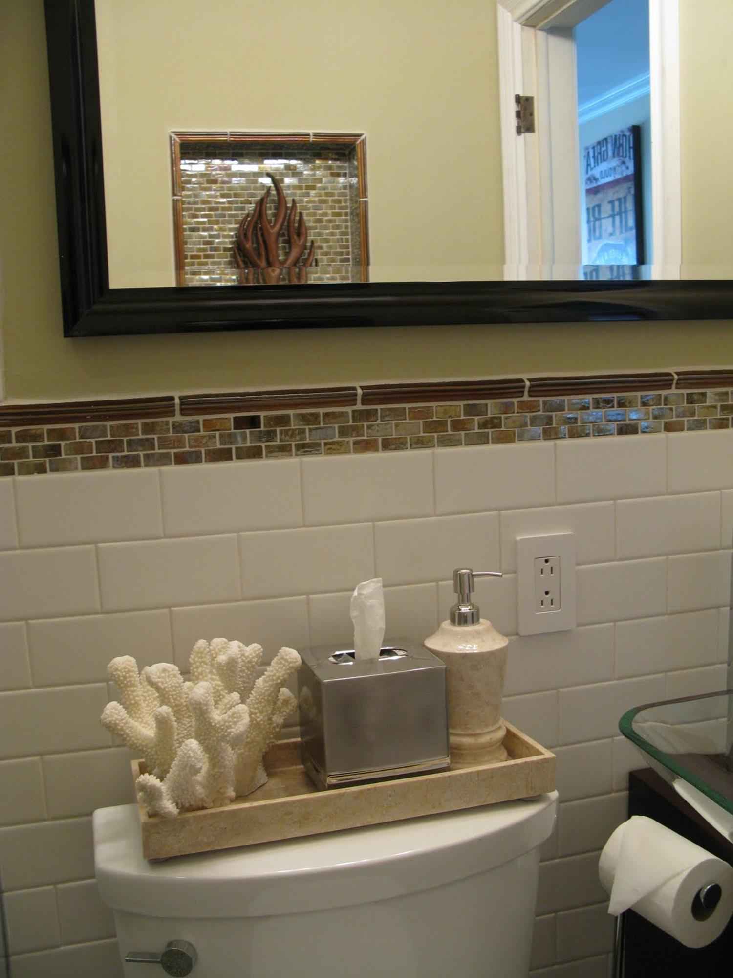 42 Perfect Small Bathroom Decorating Ideas 18