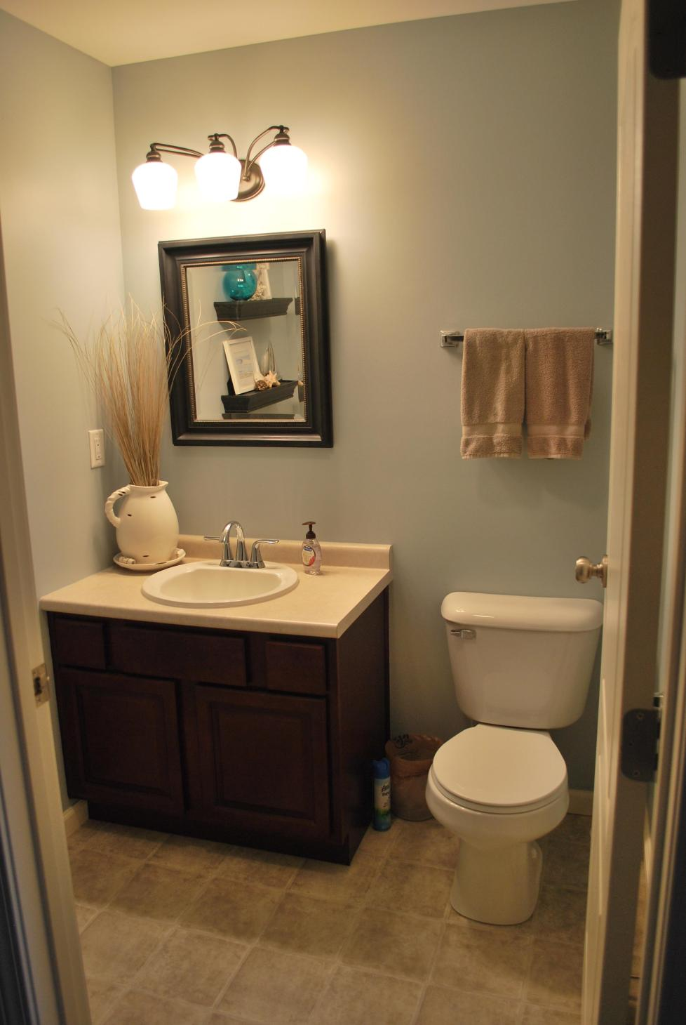 42 Perfect Small Bathroom Decorating Ideas 25