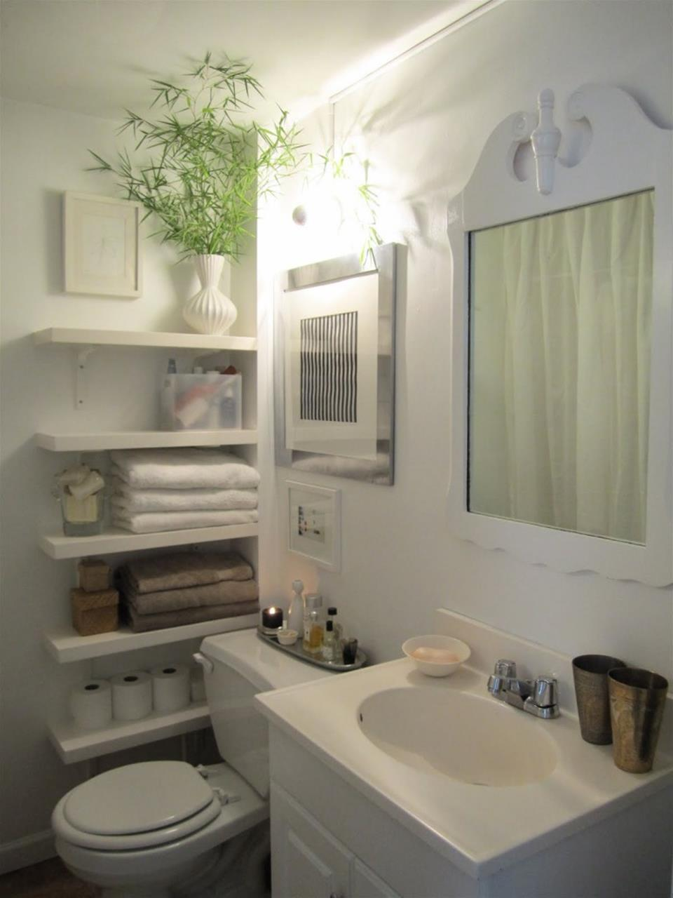 42 Perfect Small Bathroom Decorating Ideas 32