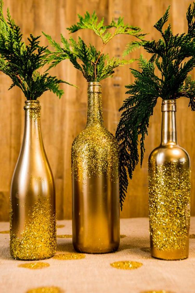 46 DIY Simple but Beautiful Wine Bottle Decor Ideas 37