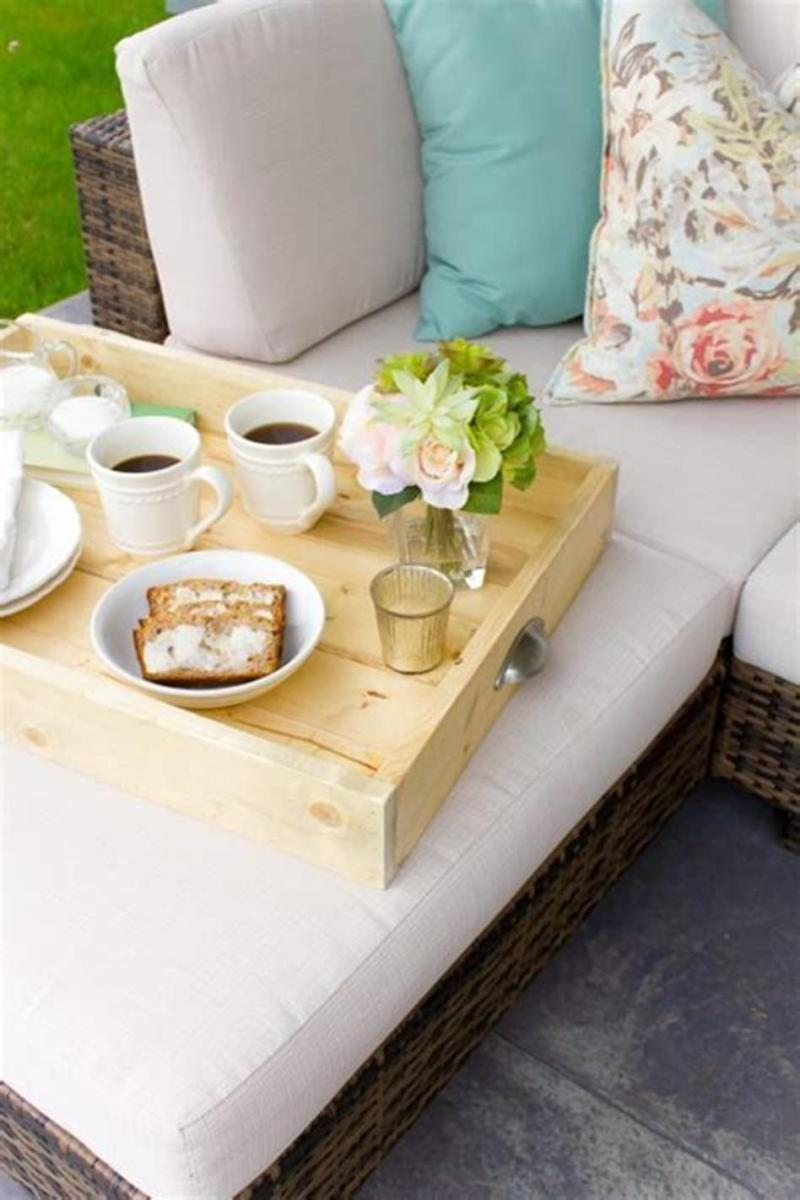 40 Beautiful Farmhouse Style Tray Decor Ideas 36