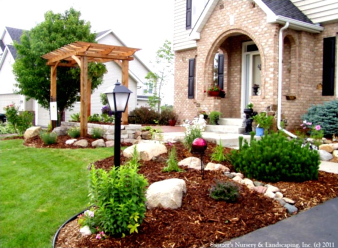 35 Perfect Front Yard Landscaping Ideas with Rocks 44