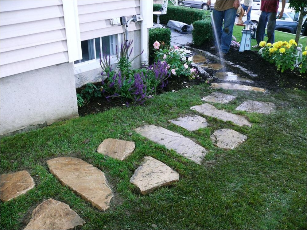 35 Perfect Front Yard Landscaping Ideas with Rocks 13