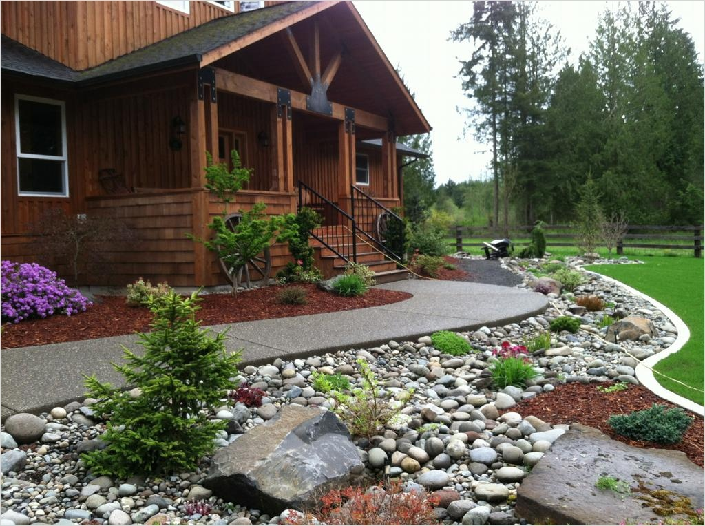 35 Perfect Front Yard Landscaping Ideas with Rocks 92