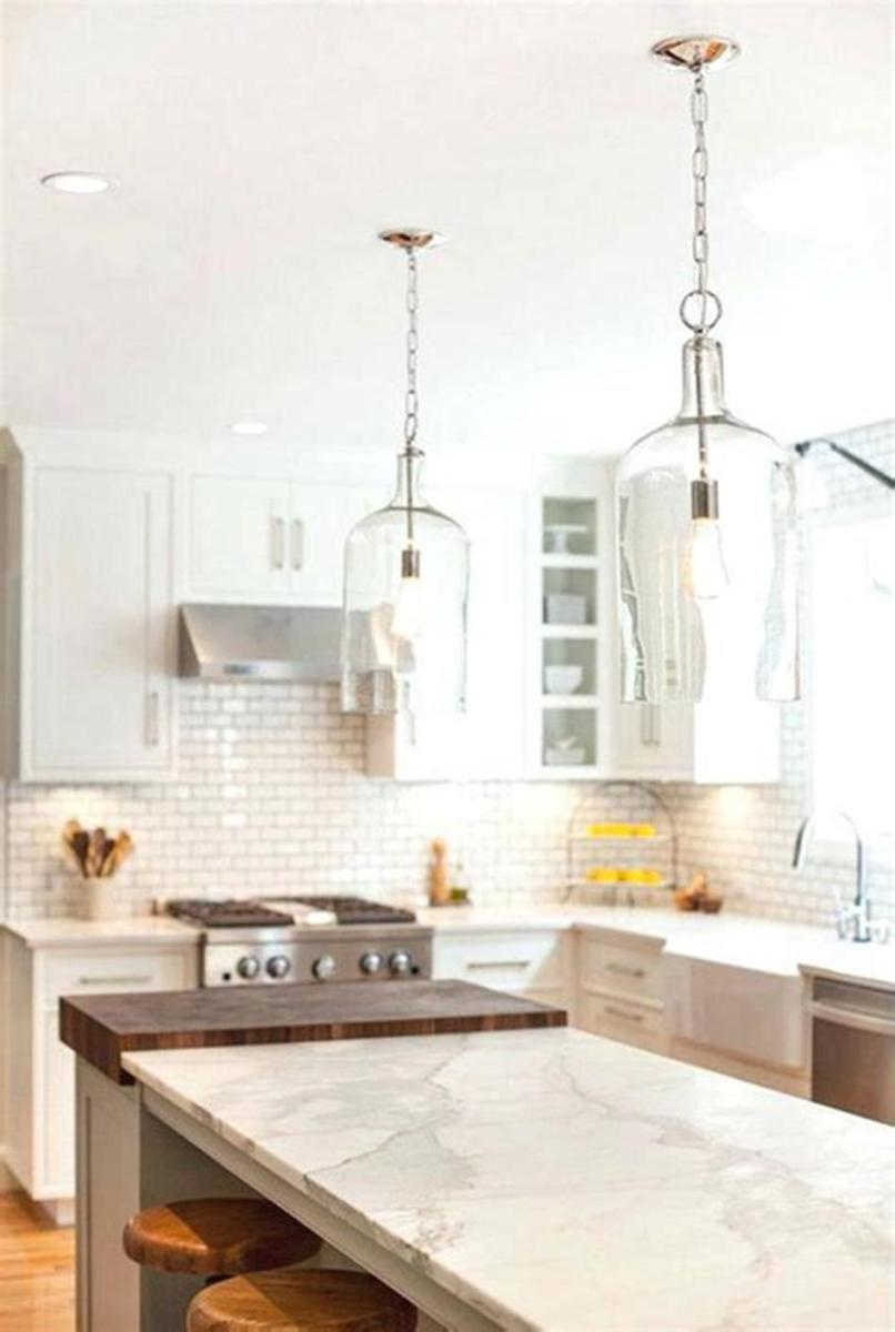 50 Inspiring Farmhouse Style Kitchen Lighting Fixtures Ideas 21