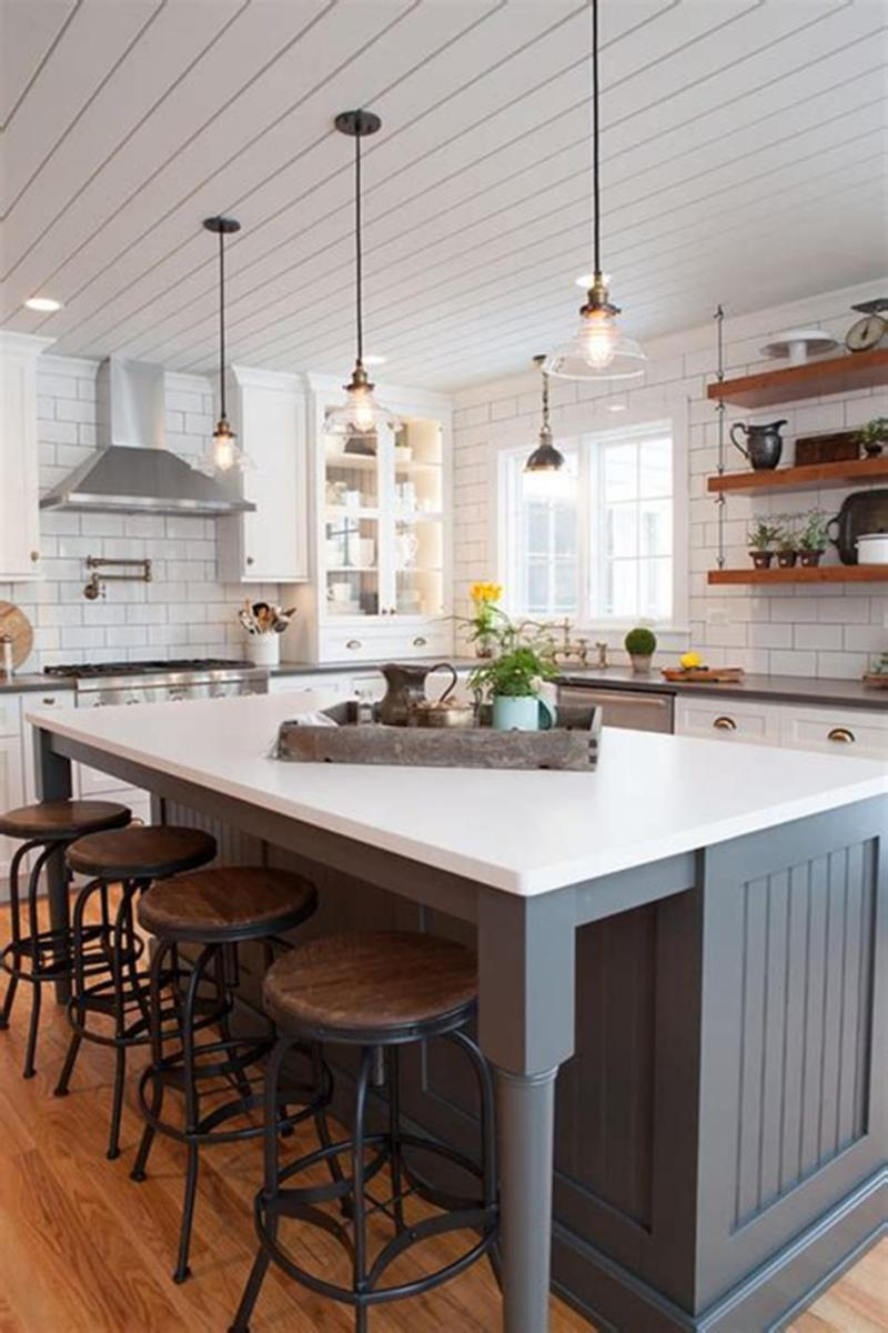 50 Inspiring Farmhouse Style Kitchen Lighting Fixtures Ideas 39