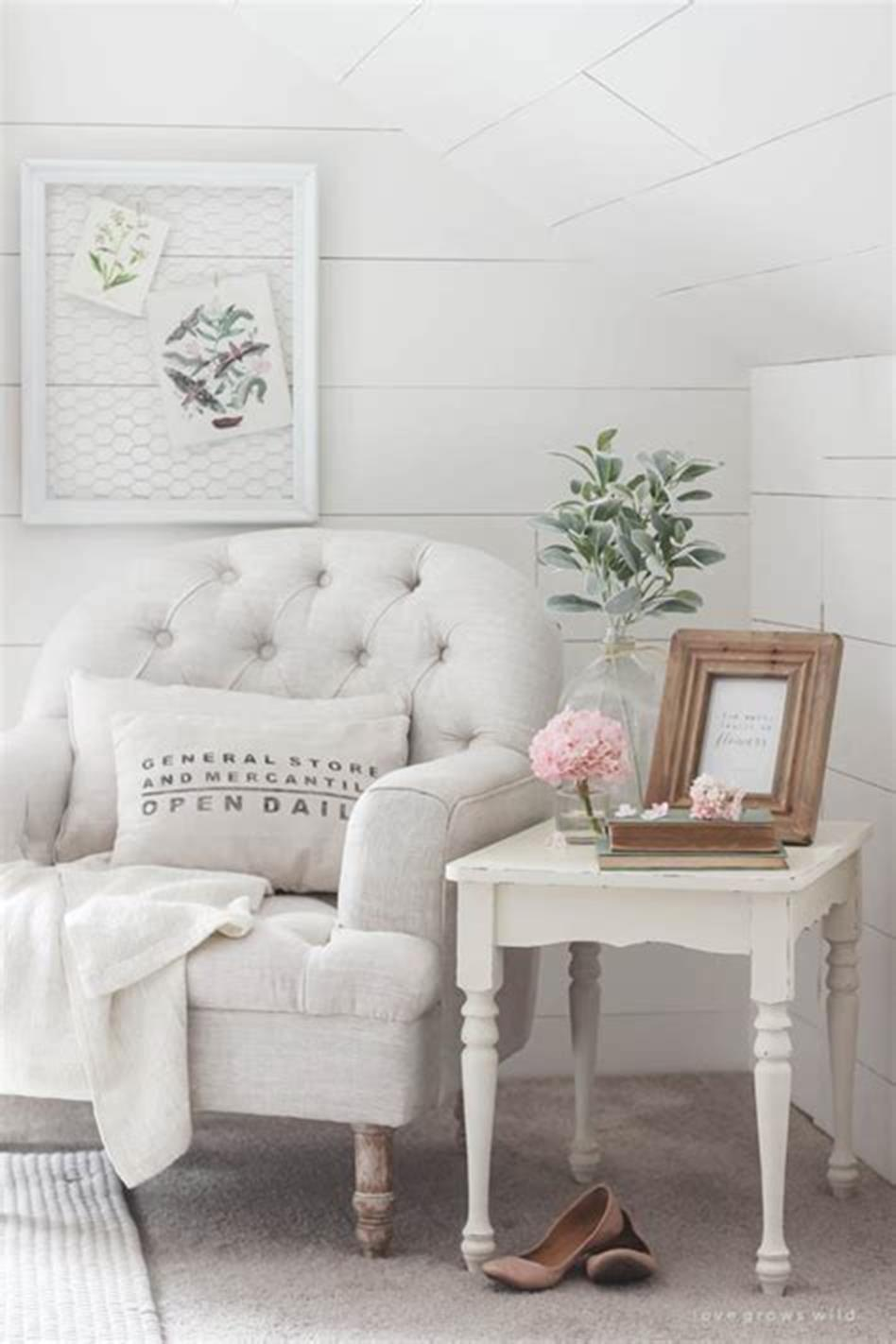 37 Beautiful Farmhouse Spring Decorating Ideas On a Budget for 2019 23