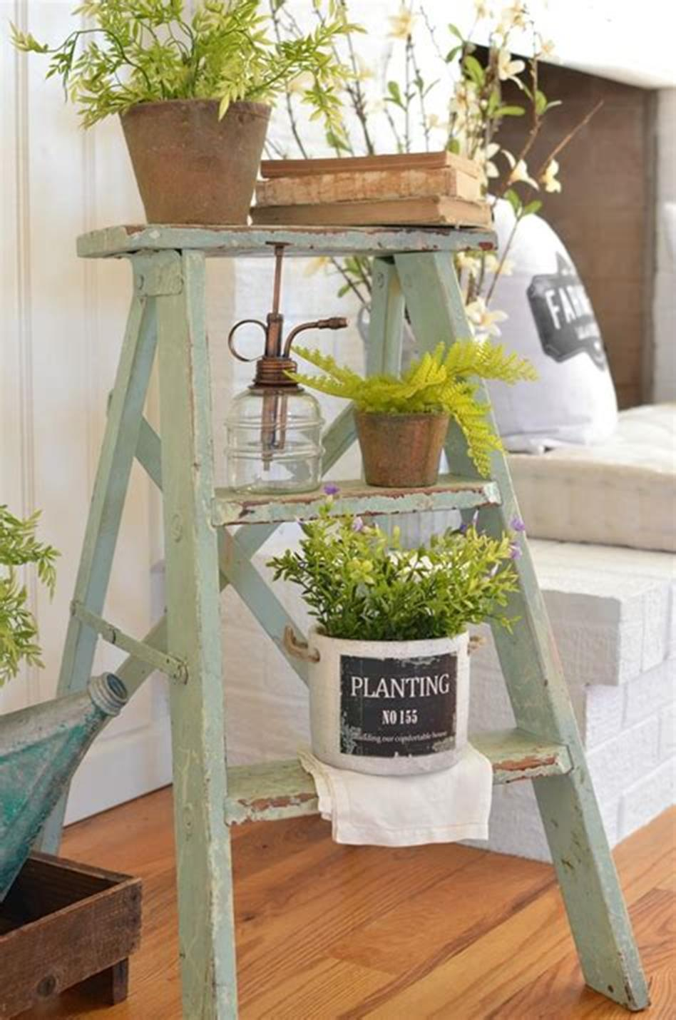 37 Beautiful Farmhouse Spring Decorating Ideas On a Budget for 2019 6