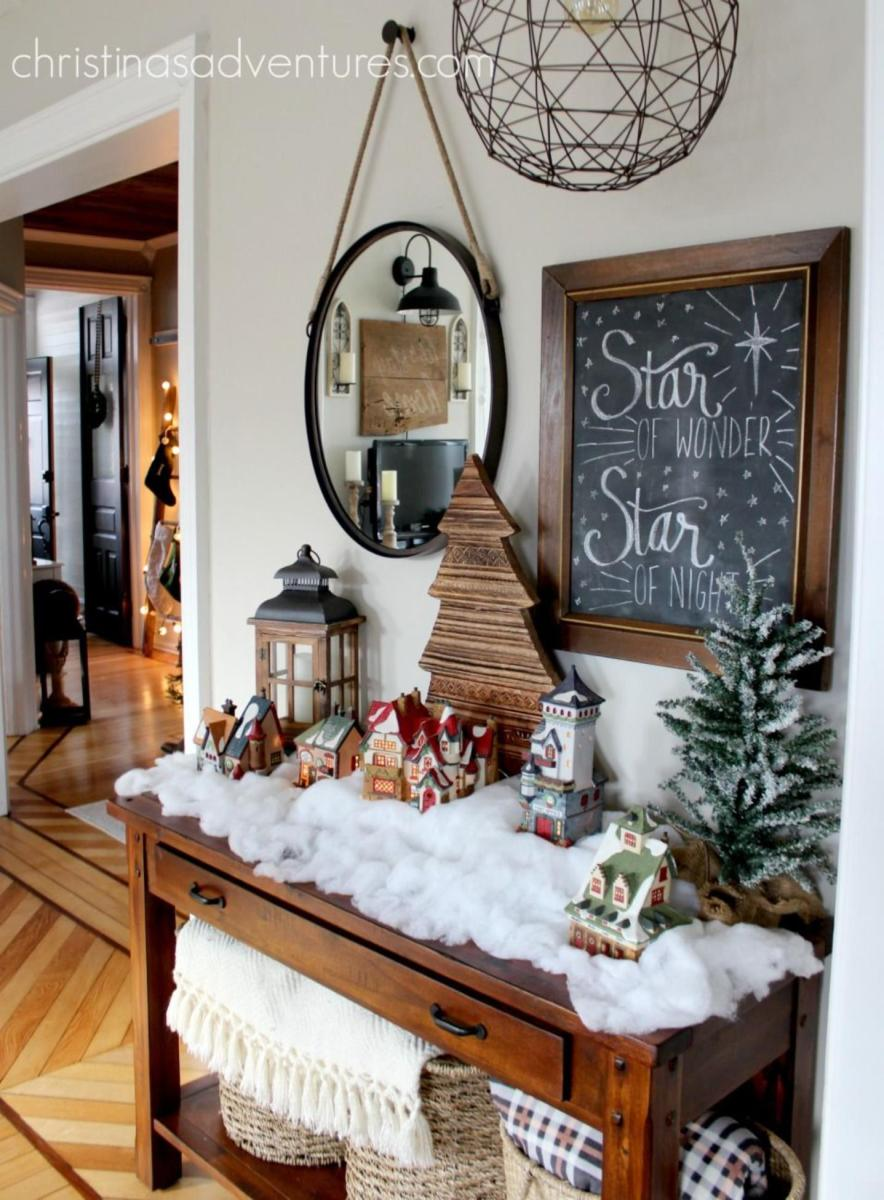 Decorating the Farmhouse entryway table for christmas