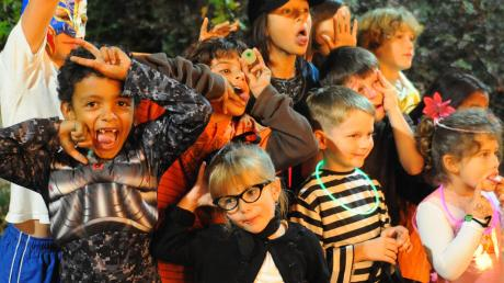 The annual Boo at the Zoo event features family-friendly Halloween fun starting this weekend. Image: Audubon Institute