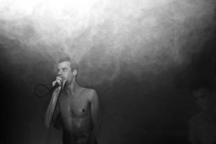 Onmens - Foto: Stephan Vercaemer
