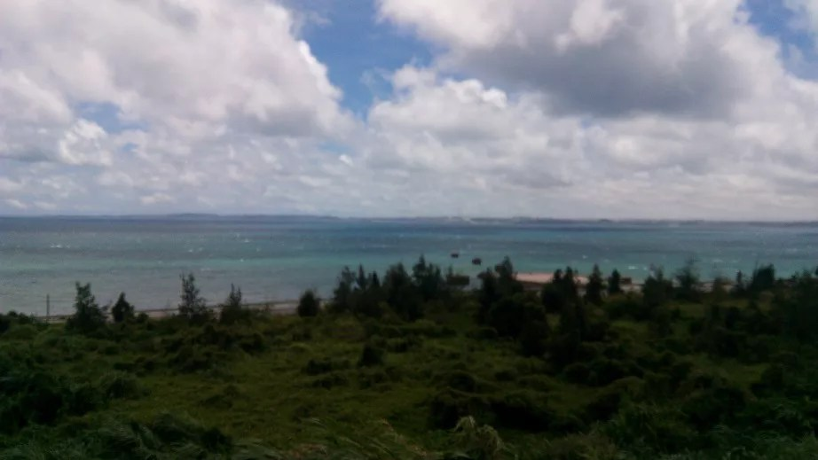 the beautiful sea of Okinawa from Chouraku
