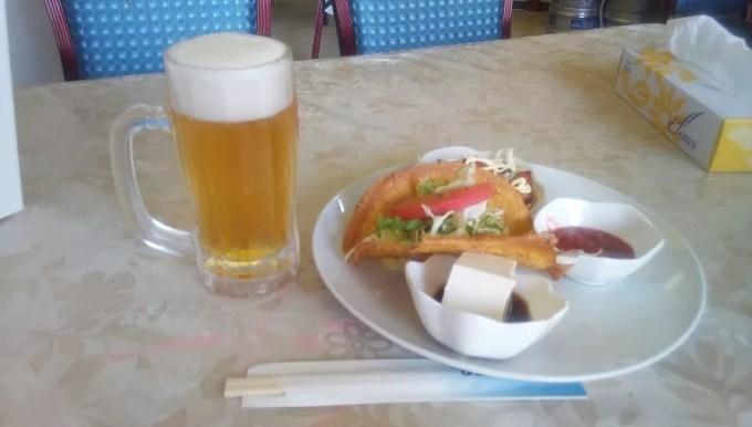 生ビールとタコス