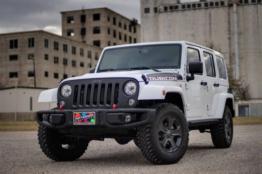 2018-Jeep_Rubicon_Recon-3
