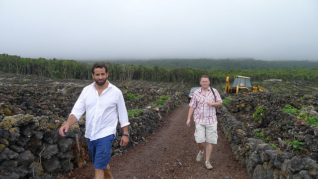 Winemaker António Maçanita walks his vineyards with his Ontario importer, Bernard Stramwasser of Le Sommelier.