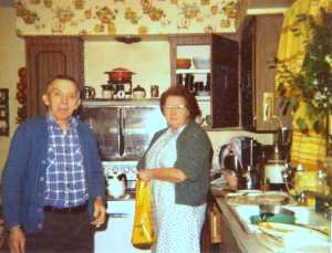 Parents of Jean Carnahan in the kitchen