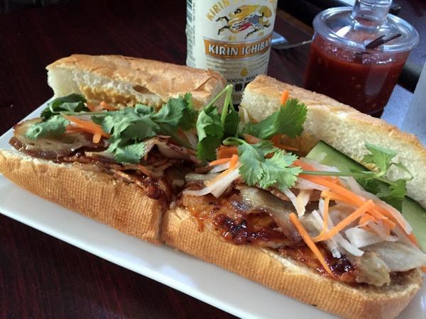 Porkalopasis sandwich Lucky buddha