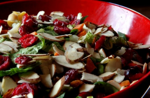 health nut salad crushed red