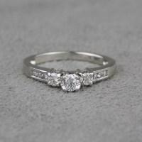 Pre-Owned 14 Karat White Gold Diamond Ring