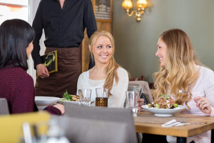 gluten free diners choose restaurant
