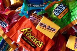 Gluten-Free Halloween Candy List - Header