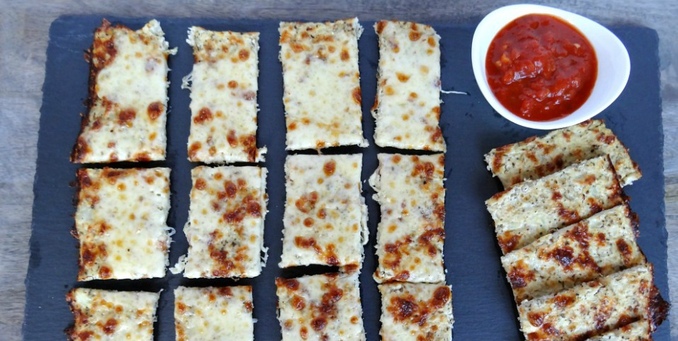 Low-Carb, Grain-Free, Gluten-Free Cheesy Breadsticks Recipe