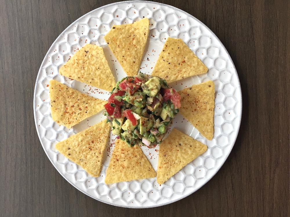Guacamole Nachos 2