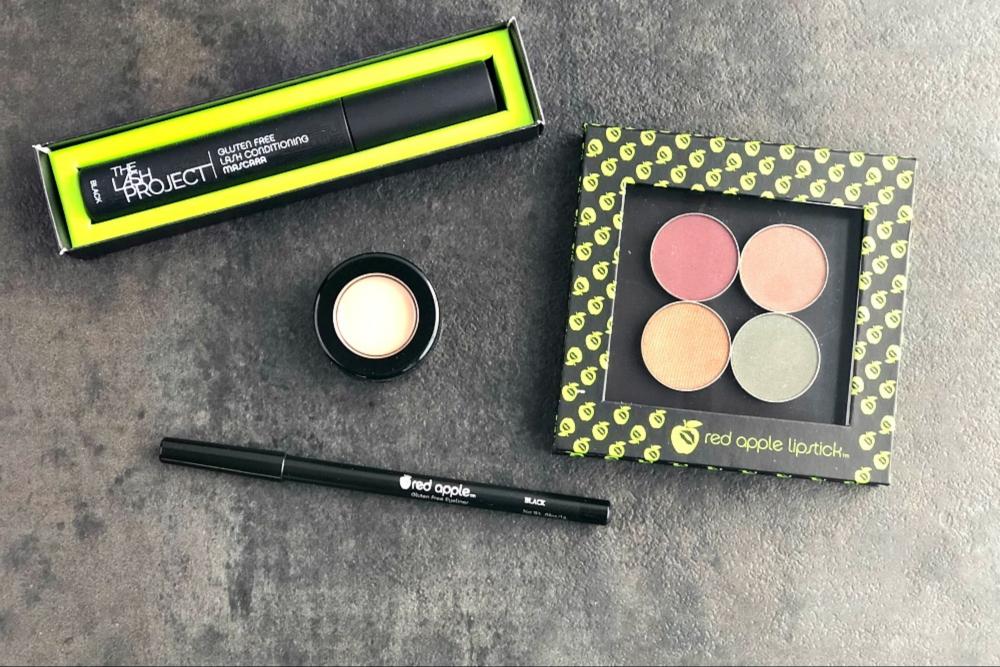Red Apple Lipstick eye makeup header