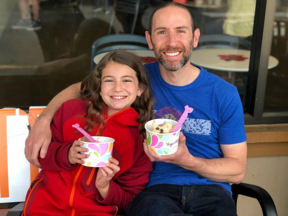 Yogurtland family