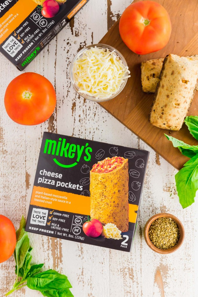 Mikey's cheese pizza pockets packaging