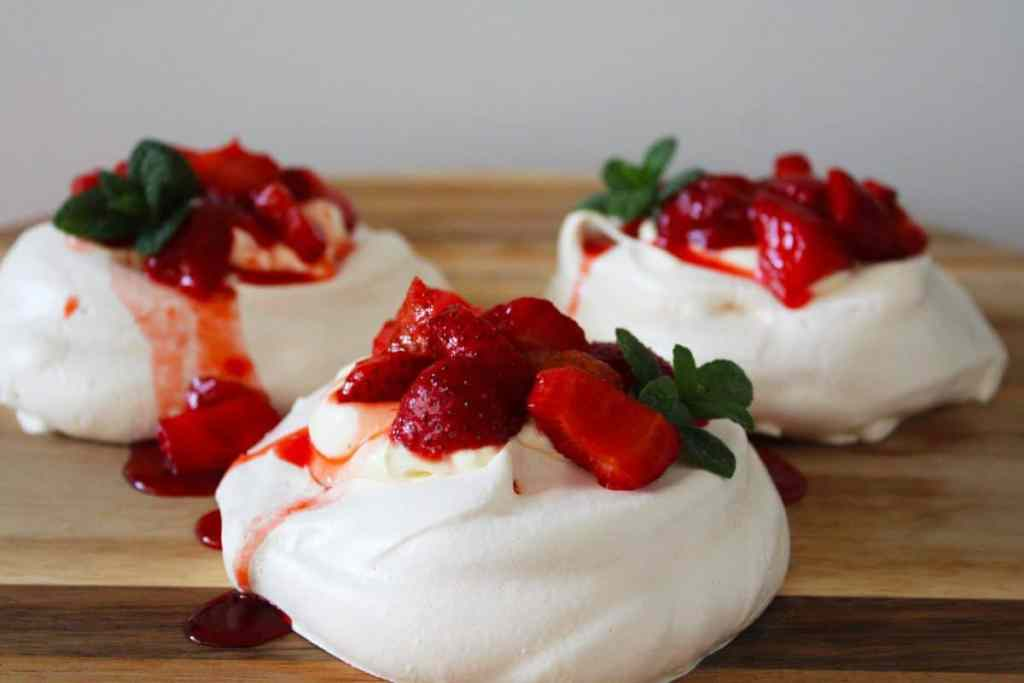 Individual Strawberry Meringues by It's Not Complicated Recipes