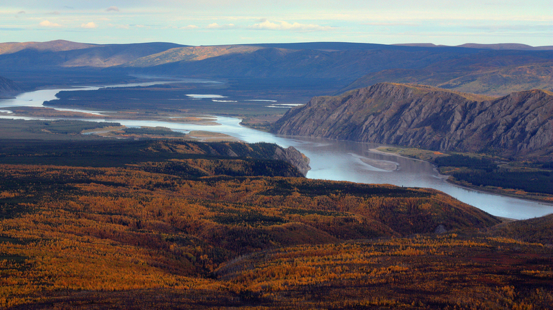 Fall Pictures For Desktop Wallpaper Yukon River Landscape In Alaska Image Free Stock Photo