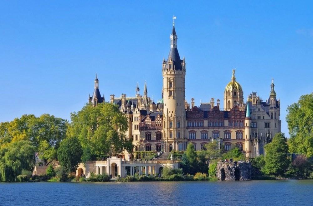 Het kasteel van Schwerin-GoodGirlsCompany