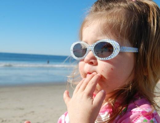 Vergeet je zonnebril niet-waar moet je op letten bij de aanschaf van een zonnebril-kinderen en zonnebrillen-hittegolf