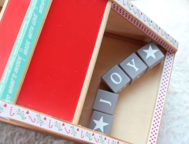 kersthuisje-leuke kerst DIY-GoodGirlsCompany-GoodGirlsChristmas-Joy to the world