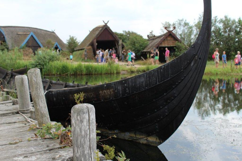 langboot Bork Havn