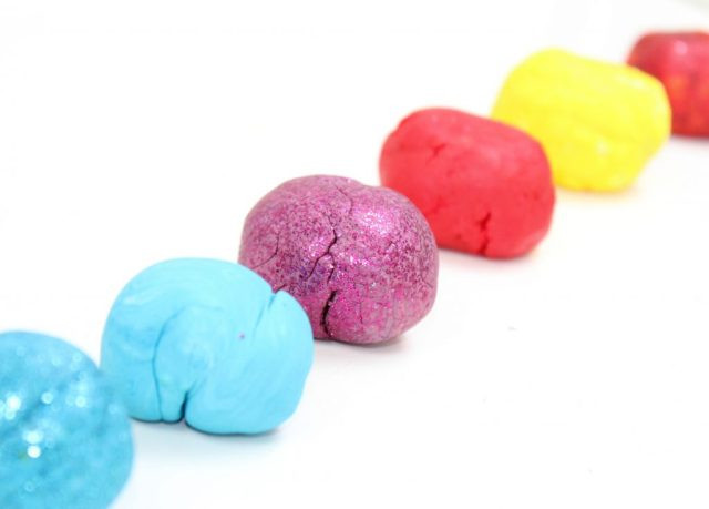 eetbare marshmallow klei - marshmallow playdough voor kids_GoodGirlsCompany_DIY
