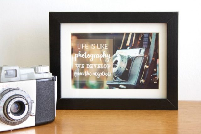 cardcetera-quotes-life-is-like-photography_goodgirlscompany
