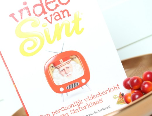 review-video-van-sint_goodgirlscompany