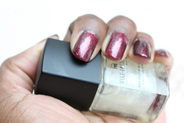 Make-Up-Studio-marsala-met-glitter-nagellak-GoodGirlsCompany