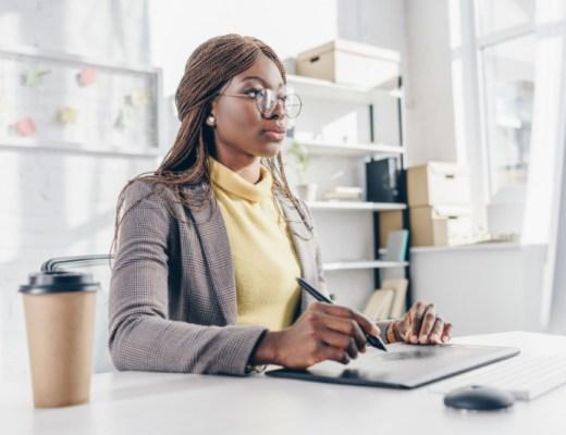 Voordelen-opgeruimde-werkplek-themillennialmom