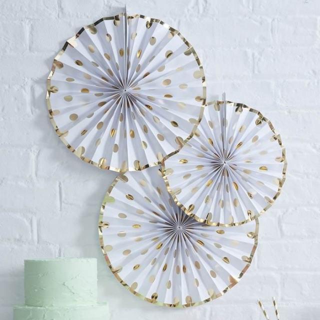 decoratie_voor-Feestjes__paper_fans_dots_goud_pick_GoodGirlsCompany