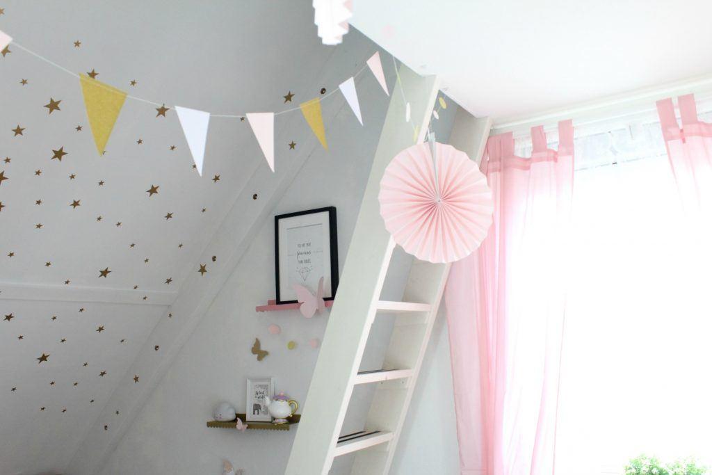 Kinderkamer Roze Grijs : Blush roze en gouden kinderkamer goodgirlscompany