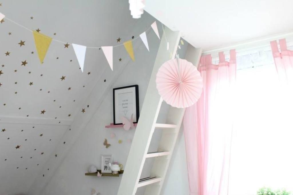 blush-roze-en-gouden-kinderkamer-inspiratie-GoodGirlsCompany