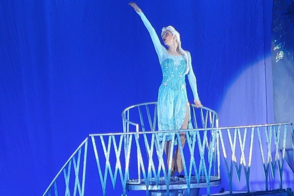 Frozen-Disney-on-Ice-Frozen-GoodGirlsCompany