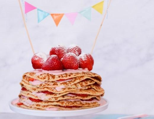 Pannenkoekentaart met aardbeien-kokosyoghurt_kindvriendelijk recept