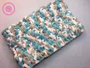 Loop Yarn Seed Stitch Cowl