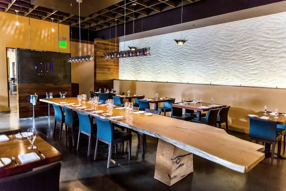 luxury-hotels-california-napa-valley-bardessono-lucy-dining-room_lg
