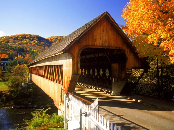 Covered_Bridge_Woodstock_Vermont