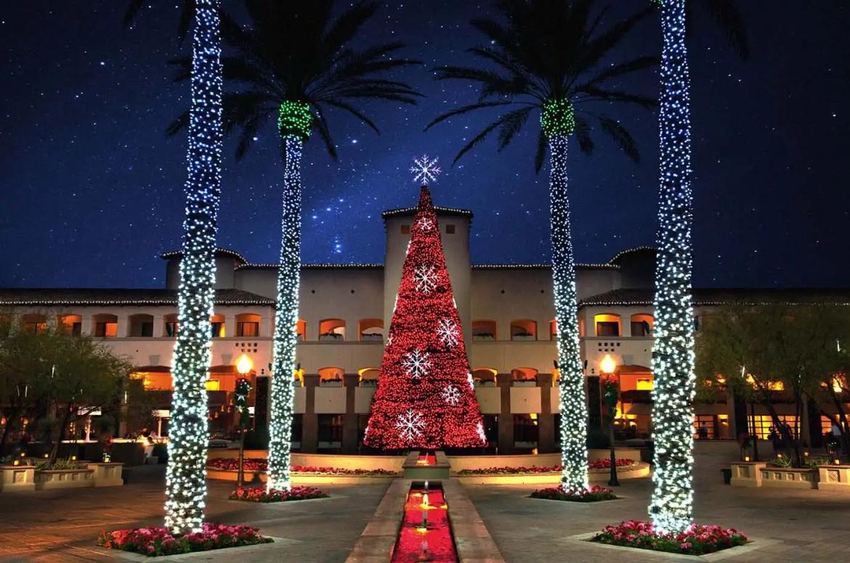 red-tree-w-snowflakes-princess-plaza